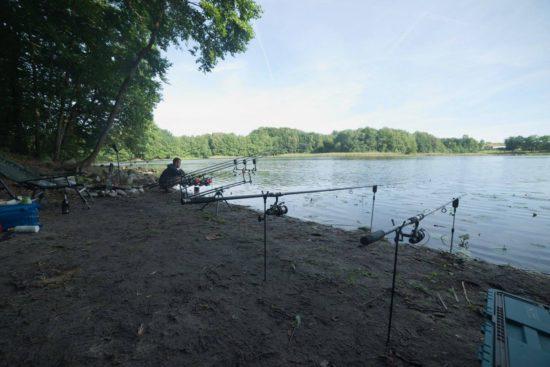 Stanowiska wędkarskie na łowisku